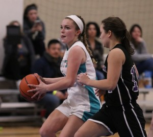 Lilly Collins scored  22 for Windsor
